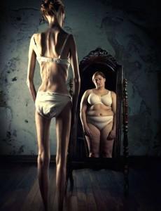 Anorexique au miroir