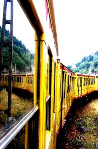 The little yellow train by jasmis