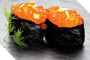 Sushis œufs de saumon