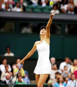 La petite robe blanche (Maria Sharapova)
